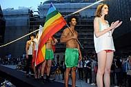 Prague Pride prehlidka Kalfar Matlova Katerina Musil pritel